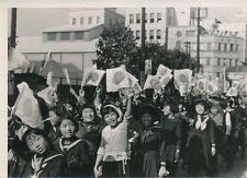 JAPON c. 1945 - 6 Photos Défilé des Étudiants à Tokyo Victoire de Shangai - 18