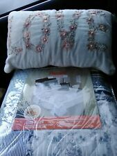 New Elsie pieced ruffled Queen comforter. With Free pillow.