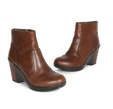 Dansko Faith Woman's Brandy Leather Riveted Wedge Bootie Boots size 38