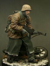 Waffen SS soldier Ardennes 120mm scale 1/16