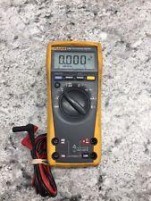 FLUKE 179 TRUE RMS MULTIMETER with Voltage & Temperature probes