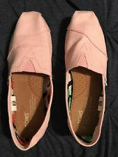 Women's TOMS Classic Shoes Pink Women's Size 6