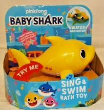 ROBO ALIVE BABY SHARK Sing & Swim Bath Pool Toy Water Activated Yellow Baby
