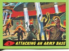 Mars Attacks Heritage Green Parallel Base Card #3    Attacking an Army Base