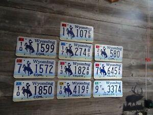 Wyoming License Plate bulk lot 10 bucking horse All Original license plates!!!!!