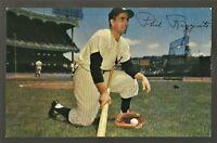 1953/1955 Louis Dormand Baseball Postcard PHIL RIZZUTO New York Yankees  Ex-