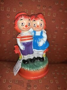 """Vintage Raggedy Ann & Andy Music Box  """"Theme From Love Story"""" Works 5.5"""""""