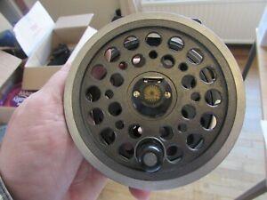 "V good vintage youngs daiwa 812 expert series salmon fly fishing reel 4.25"""