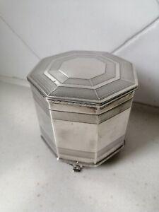 Antique Art Deco sterling silver cigarette box, hallmarked London 1939