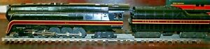 LIONEL 6-8100 (746) AND FOUR NORFOLK & WESTERN PASSENGER CARS IN GOOD COND.
