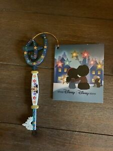 Disney Store Limited Edition Christmas 2020 Opening Ceremony Key