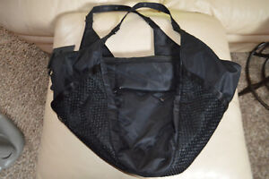 New Nike Victory Gym Tote Carry All Yoga Workout Black Bag $100 Retail