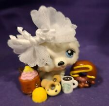 Authentic Littlest Pet Shop #384 Chow Chow Dog White Gray Blue Dot Eyes Accessor