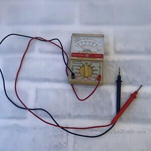 Beckman Circuitmate AM10 Capacitance Meter