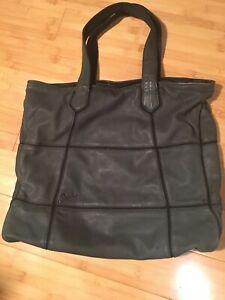 Diesel black Tote Bag Zip Closure stylish high quality
