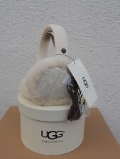 UGG IVORY WIRED CABLE KNIT/ SHEEPSKIN AUDIO DEVICE EARMUFFS, NWT AND BOX