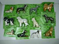 Lot 12 chiens en résine 6 à 10 cm de haut bouledogue français dobermann whippet