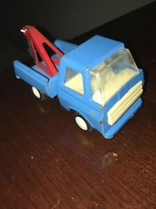 Vintage Pressed Steel Blue Tow Truck Wrecker Made In Japan, Red Towing, 4 inches