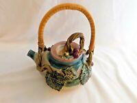 i - Art Studio Douglas Pottery Hand Crafted Applied Grape / Leaves Teapot 1998