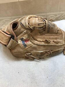 "Nokona AMG600-CW 12.5"" Baseball Softball Glove Right Handed Throwing"