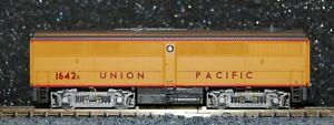 Life-Like N scale #7430 Union PacificFB1 diesel Locomotive cab 1642C