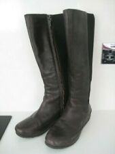 WOMAN GIRL SIZE 4 37 FITFLOP  SIDE ZIP STRETCH BACK DARK BROWN LEATHER DUE BOOTS