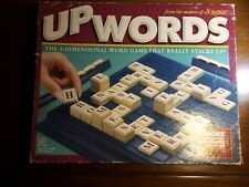 UPWORDS THE 3-D WORD GAME BY MILTON BRADLEY- 100% COMPLETE. (1246)