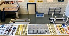 1/18 Diorama Base Plus Garage Items Inc Upper Level