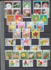 300 verschiedene Briefmarken Blumen , Kakteen , Orchideen