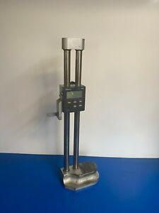 """Vintage Mitutoyo engineering digital Vernier height gauge 12""""-300mm 192-670"""