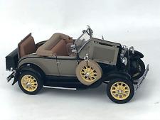 Danbury Mint 1931 Ford Model A Roadster 1:24 Precision Model-Tan/Brown No Box
