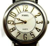 FOSSIL WORLD Silver Tone Case Women Quartz Watch Easy to Read-Gen Leather Strap
