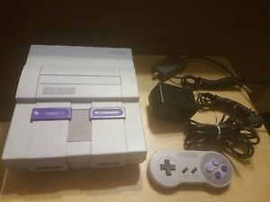 SUPER NINTENDO SNES CONSOLE BUNDLE w/ All Cables 1 Controllers (TESTED, WORKING)