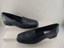MUNRO AMERICAN (NEW) NAVY LEATHER LOW HEEL SLIP ON WITH DUAL GORE SIDES SIZE 8 N