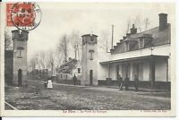 CPA-02 - LA FERE - Porte du Bourget