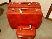 Vintage American Tourister Red hard-top 3-piece luggage set