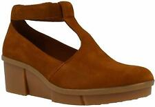 Clarks Women's Pola Sophia Tan Nubuck Shoes Size UK 8 D