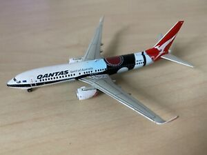 RARE 1:400 Gemini Jets Qantas Boeing 737-800 Mendoowoorrji GJQFA1334