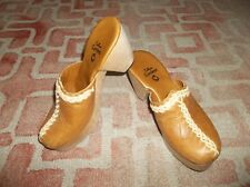 Calleen Cordero women's size 8 clogs shoes leather tan wooden