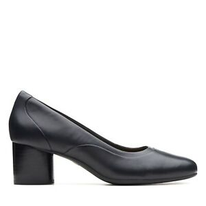 BNIB Clarks Un Structured Ladies Un Cosmo Step Black Leather Heeled Shoes