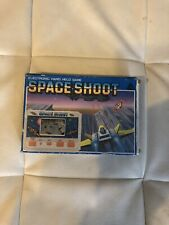 Space Shoot Gigh Electronic Hand held Game LCD Game & Watch Box E Istruzioni