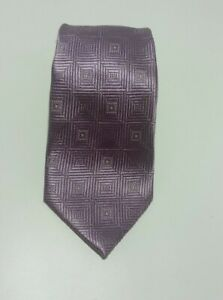 Donald Trump Signature Collection Necktie. Solud Purple Geometric pattern Silk.