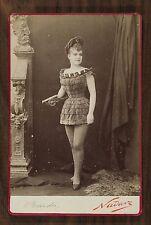 """Mlle Bardin, dans """"Paris attraction"""", Actrice Théâtre, Photo Cabinet card, Nadar"""