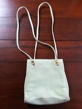 ESCAPADE sac cuir velouté ou nubuck vert pâle pastel / green woman purse bag