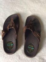 SKECHERS  Women's Brown Thong Tone Ups Sandal Size 8