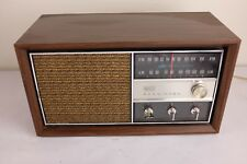 Vintage RCA VICTOR Solid State Transistor Radio Model RGC29W Tested & Works Good