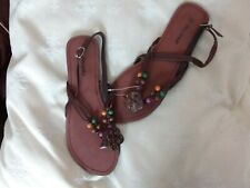 BRAND NEW - WOMENS BROWN BEADED FLAT TO THONG SANDALS - SIZE 6 (39)