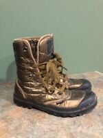 PALLADIUM WOMEN'S BRONZE LACE UP QUILTED BOOTS SIZE 8