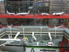 1/400 Newspeed Diecast Airport Bridges & Street Lamps Sets Model  F Airline
