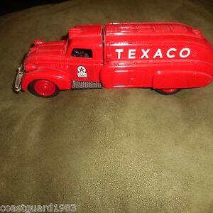 "ERTL ""TEXACO"" 1939 DODGE AIRFLOW GAS TANKER TRUCK BANK DIECAST MODEL"